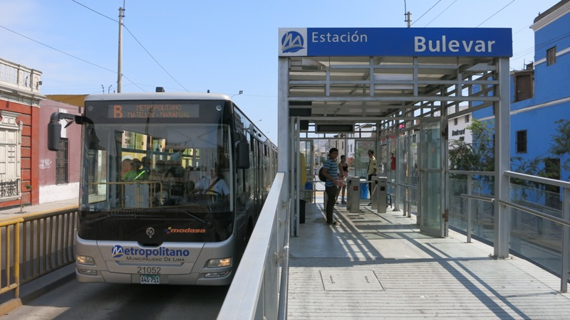 metropolitano bulevar bus station barranco