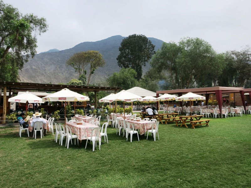 cieneguilla restaurant parque molle tables 7