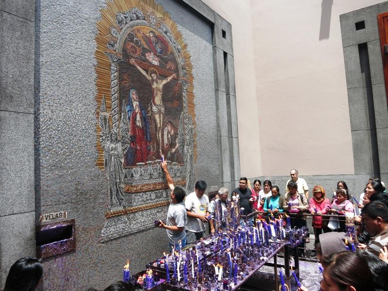 lord miracles image lima senor milagros peru 3