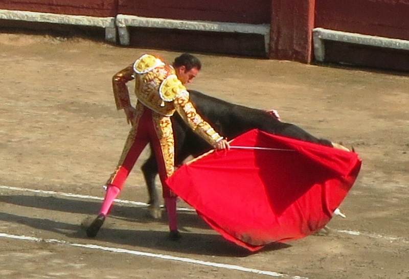 toros 032 plaza acho matador enrique ponce