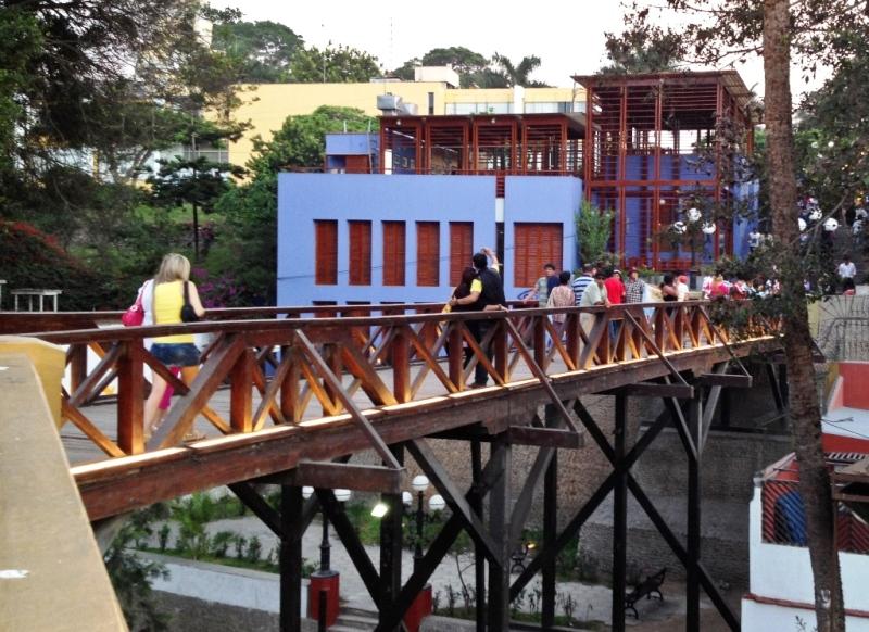 barranco-puente-de-suspiros-lima