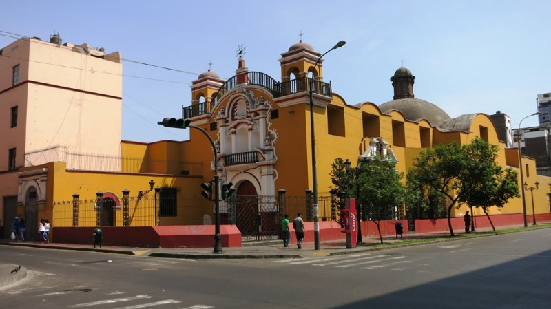 iglesia-jesus-maria-lima