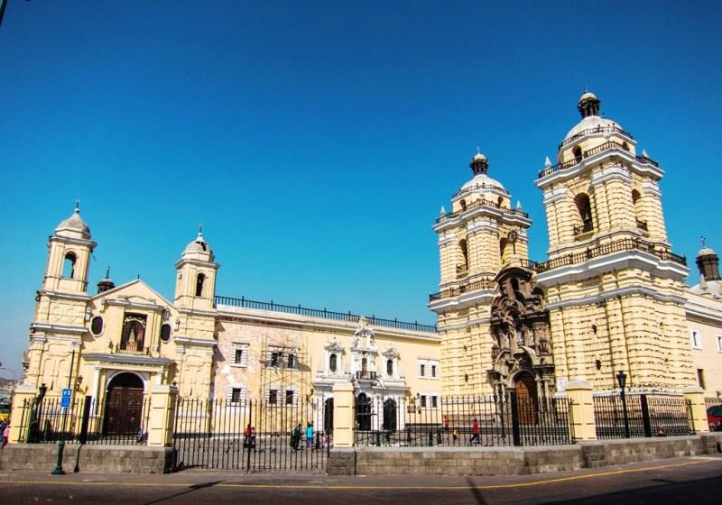 iglesia-san-francisco-monastery-lima-2