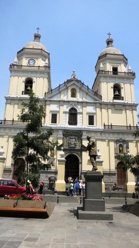 iglesia-san-pedro-lima