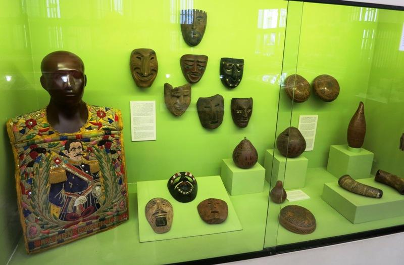 bcr-museum-peru-folk-art-2