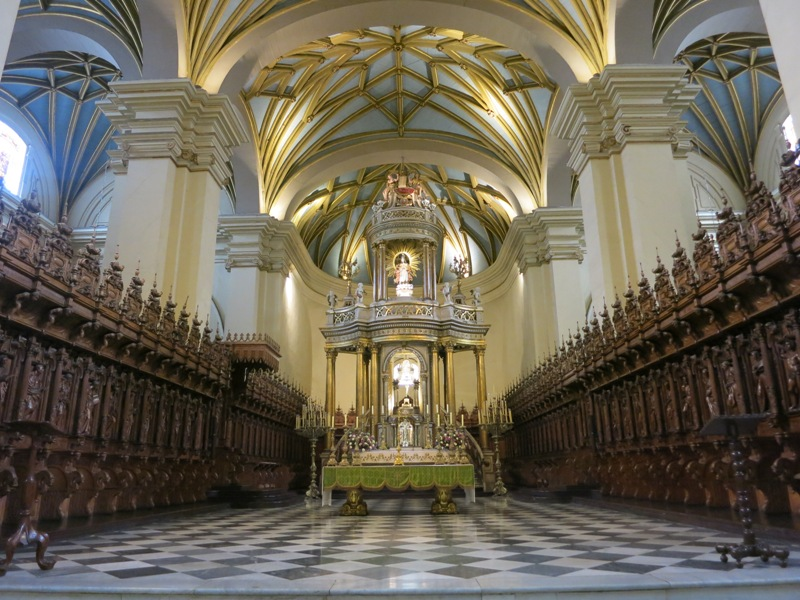 lima-cathedral-main-altar-mayor-choir-stalls-silleria-coro