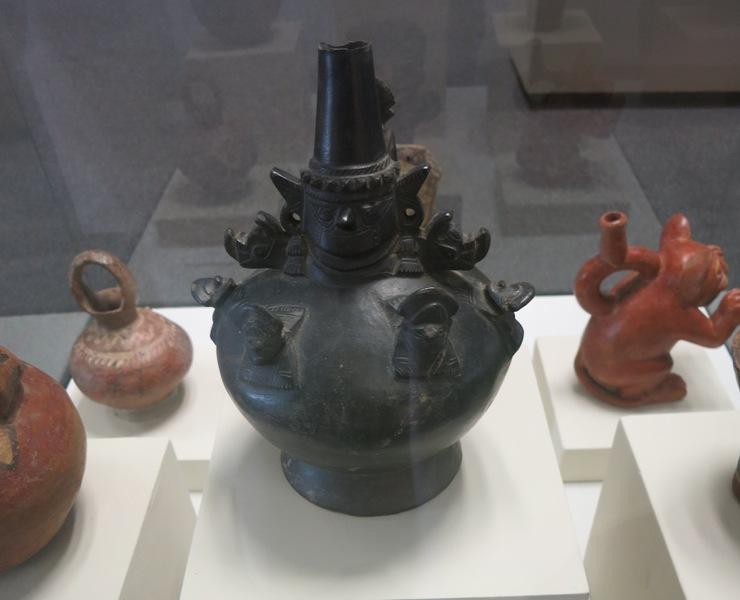 museo-nacion-lambayeque-pottery-ceramics